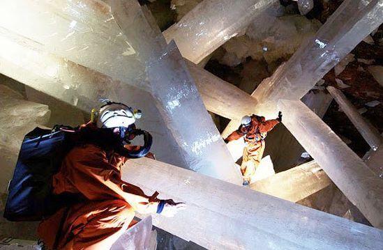 v mexiku objavili jaskynu s doposial najvacsimi krystalmi