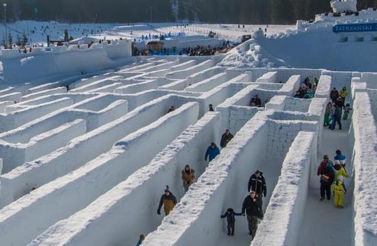 pozrite sa na najvacsi labyrint na svete ktory je blizko slovenska