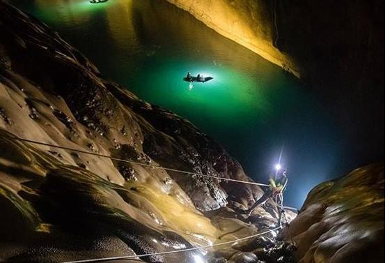 video nenechajte si ujst dychberuce sceny najvacsej podzemnej rieky na svete